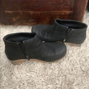 Dansko Shoes - DANSKO booties